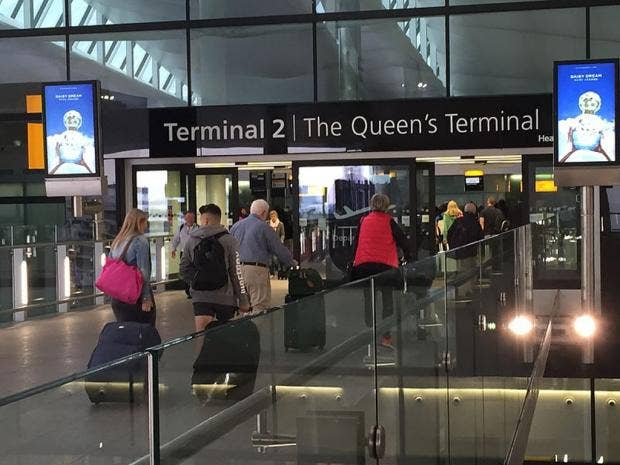 Departure_hall_entrance,_London_Heathrow_Terminal_2,_UK_-_20150621.jpg