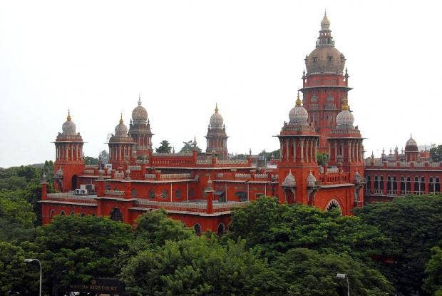 1024px-Chennai_High_Court.jpg