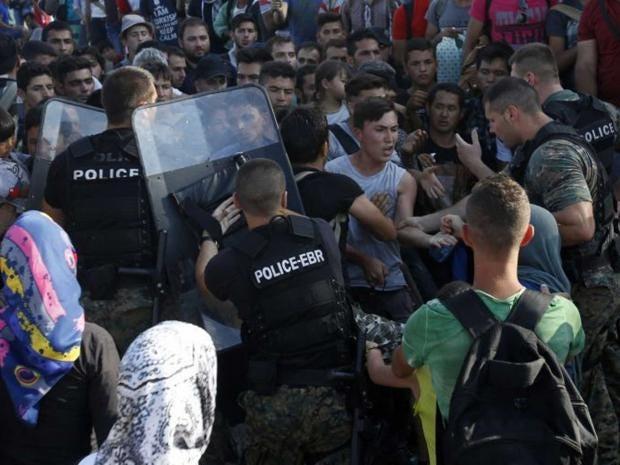migrants-macedonia-reuters.jpg