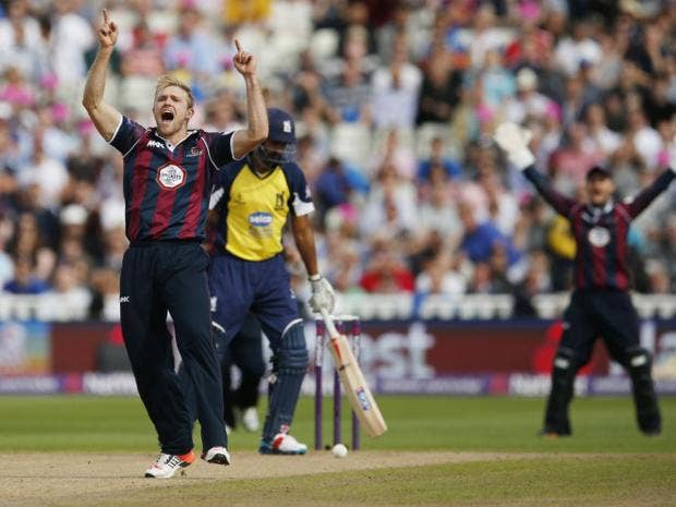 P.9-Cricket-Reuters.jpg