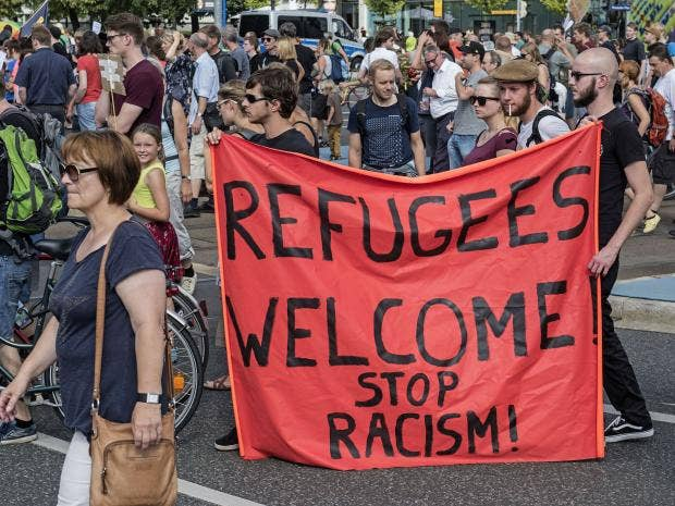 refugees-welcome-dresden.jpg