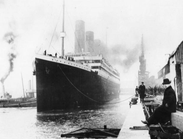 Titanic-at-Southampton-dock.jpeg