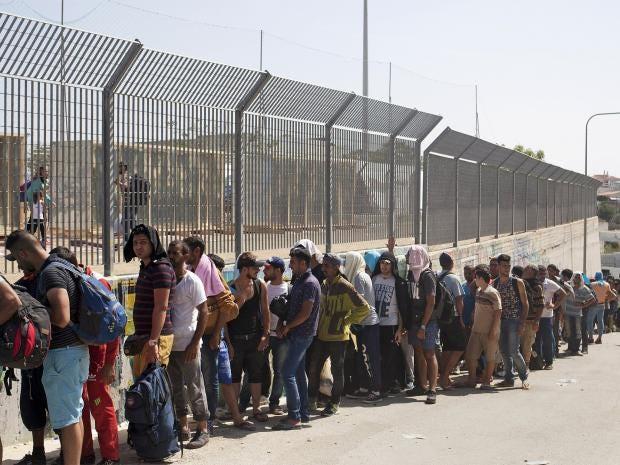 web-refugees-5-reuters.jpg