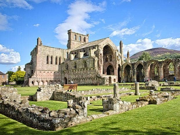 melrose-abbey.jpg
