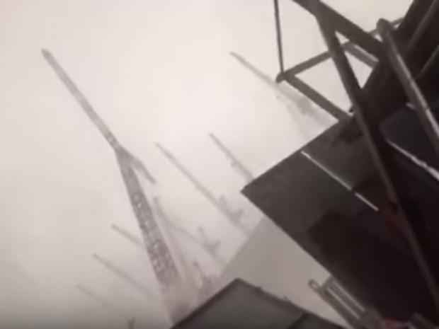 Crane-collapses-1.jpg