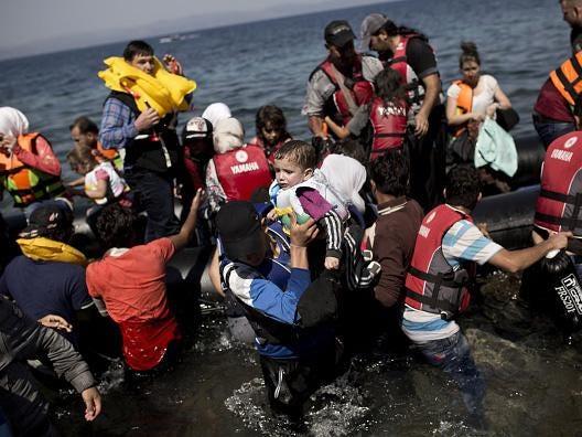 refugee-boat2.jpg