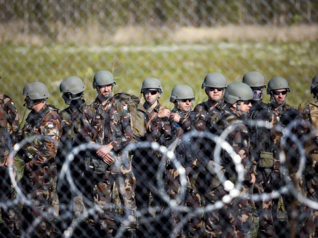 14-Hungary-Soldiers-AP.jpg