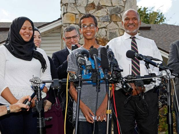 ahmed-mohamed-press.jpg