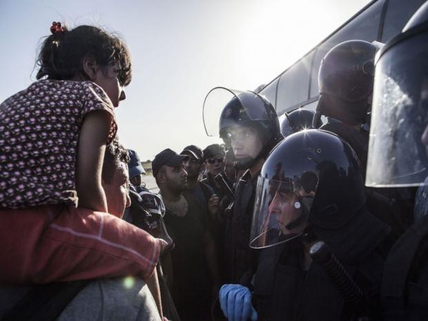 croatia-serbia-migrants.jpg