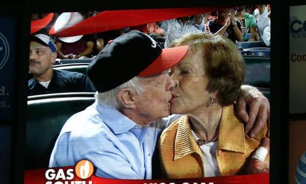 kisscam.jpg