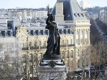 Republic-Square-Monument.jpg