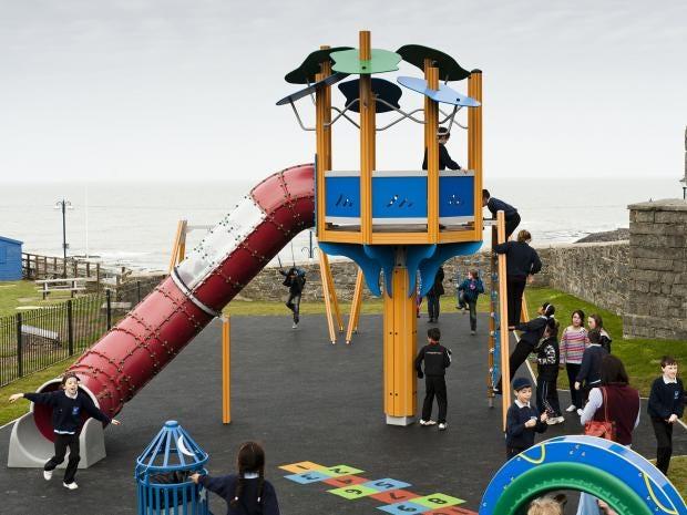 1-school-playground-uk-rex.jpg