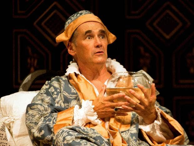 Mark-Rylance-in-Farinelli-and-the-King-Simon-Annand.jpg