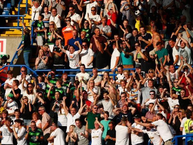 Swansea-fans.jpg