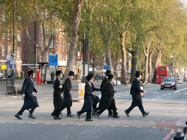 21-orthodox-jews-alamy.jpg