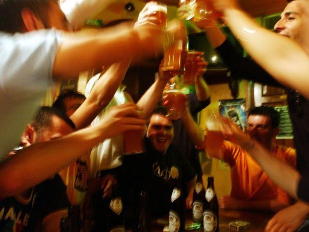 Alcohol-Drinking-Hangover.jpg