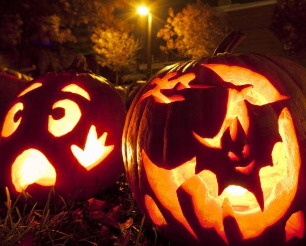 halloween can be a terrifying time for certain people rex features - Phobia Halloween