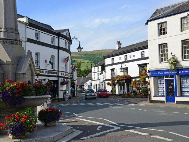 The Town Centre Of Crickhowell, Located Within The Brecon Beacons Alamy