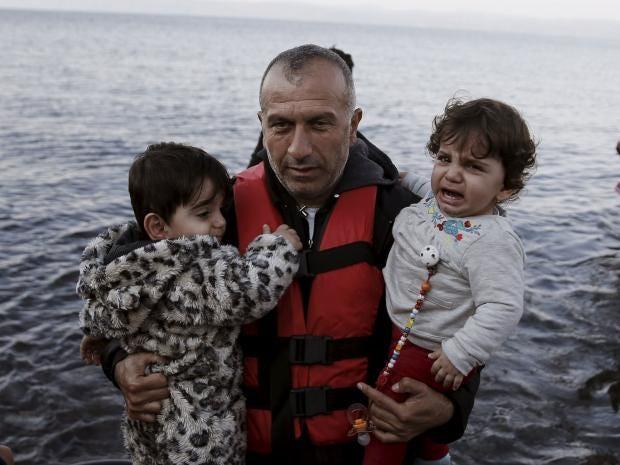 refugees-greece-turkey.jpg
