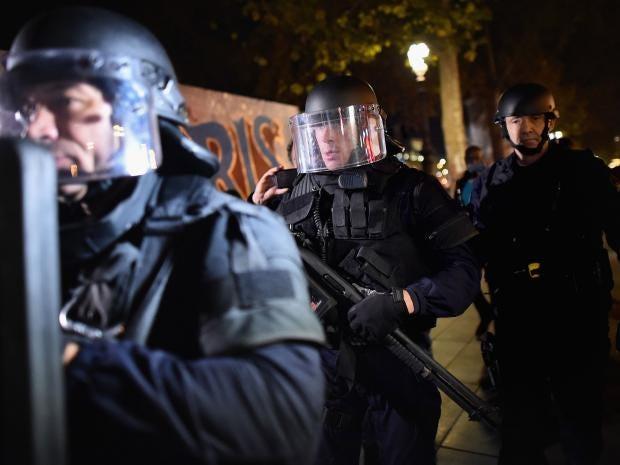 police-paris-riot.jpg