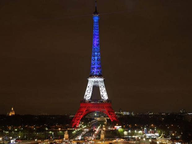 Eiffel-Tower-Tricolour.jpg