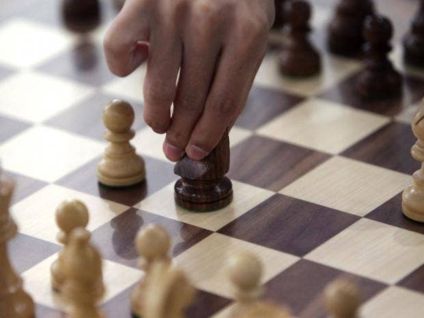 Saudi Arabia\'s highest Islamic cleric \'bans\' chess, claims game ...