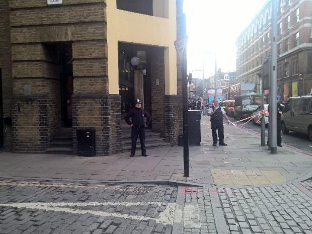 london-bridge-evacuation-1.jpg