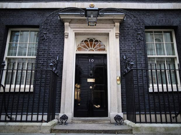 10 downing street take a rare glimpse inside the prime for Front door 10 downing street
