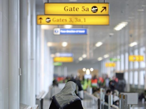 Muslims-Airport.jpg