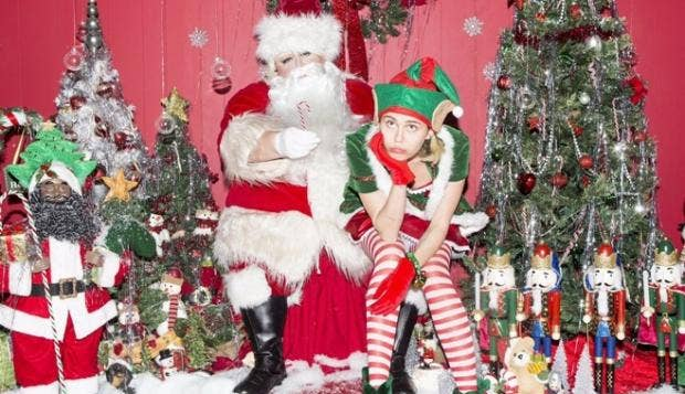 Miley-Christmas.jpg