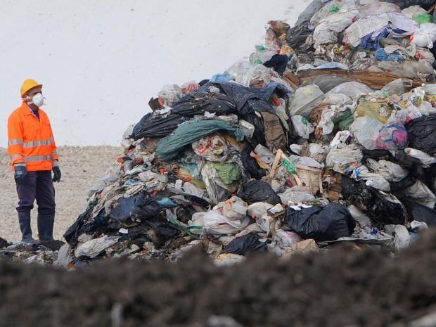 Naples-Dumping-Getty.jpg