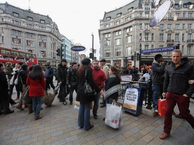 Shoppers-Getty.jpg