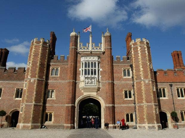 Hampton-Court-Palace-Getty.jpg