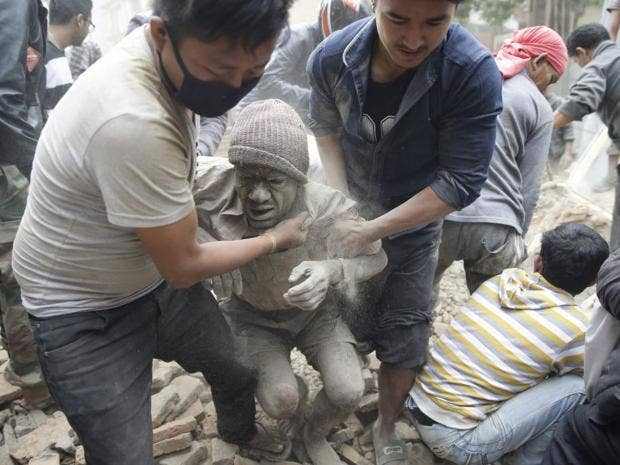 32-nepal-earthquake-epa.jpg