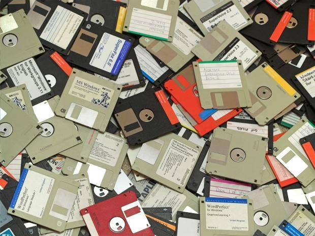 pg-38-floppy-disks-alamy.jpg