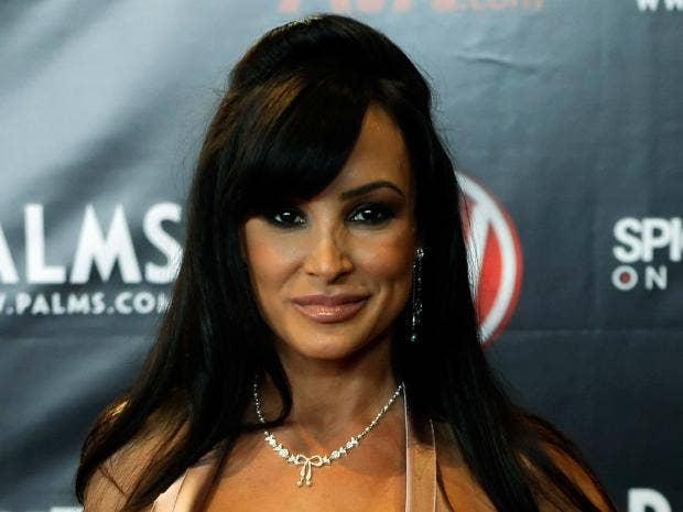 lisa ann escort film  live
