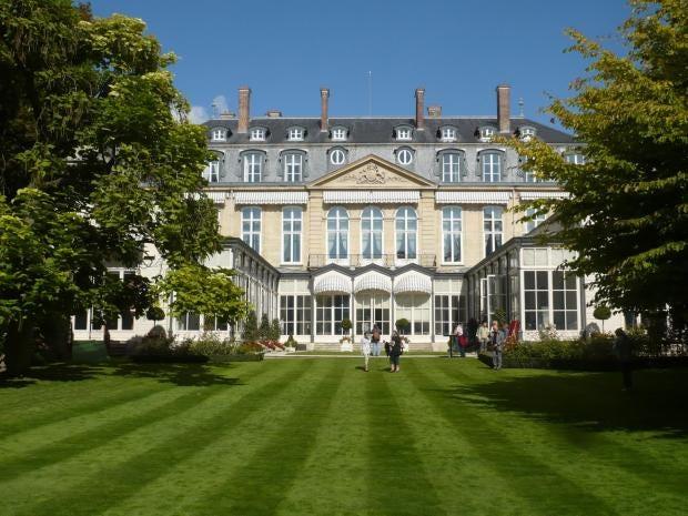 Hôtel-de-Charost.jpg