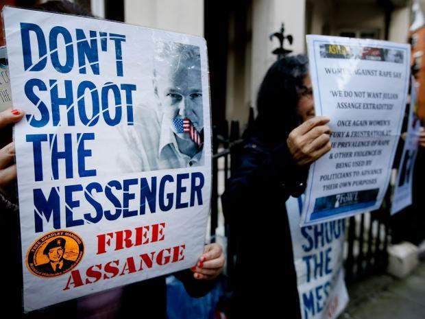 Assange-AP.jpg