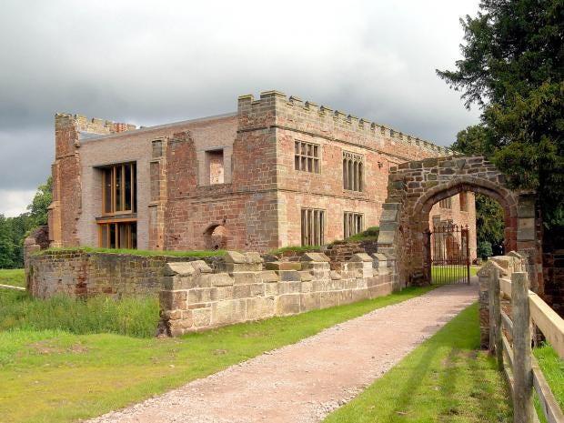 Astley-Castle.jpg
