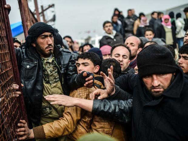 Aleppo-refugees-AFP.jpg