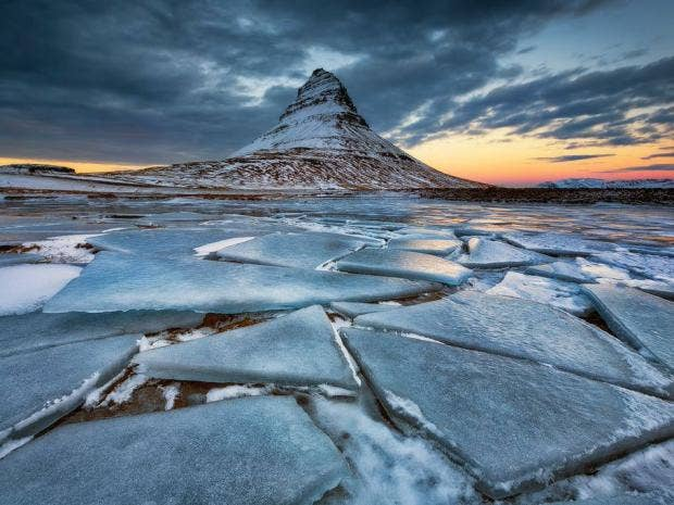 Ab--Mount-Kirkjufell-in-West-Iceland-is-one-of-the-most-iconic-mountains-in-Iceland.jpg