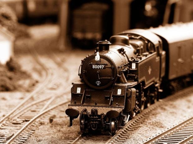 HORNBY TRAINS Bloodworth Bellamy