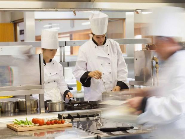busy-chefs.jpg