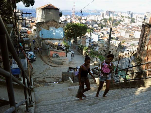 36-rio-shantytown-afpget.jpg