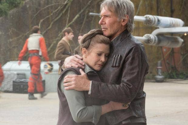Han-Leia-Hugging-Force-Awakens.jpg