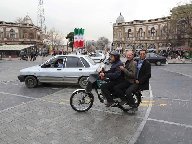 28-iranian-men-afp.jpg