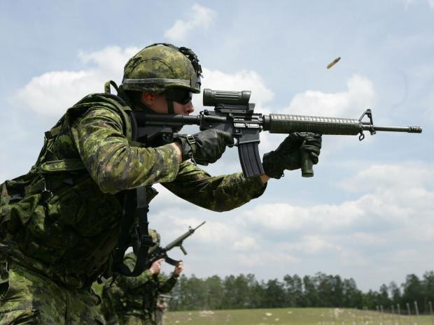 Canadian_C7A2_Rifle.JPG