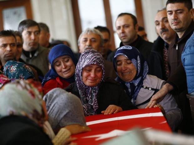 19-turkey-grief-epa.jpg