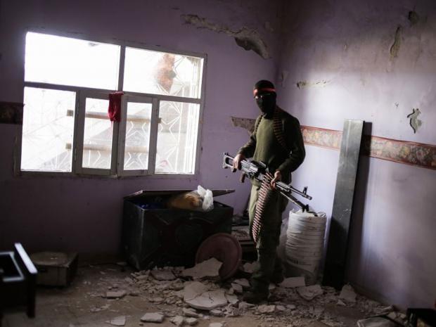 20-kurdish-fighter-get.jpg