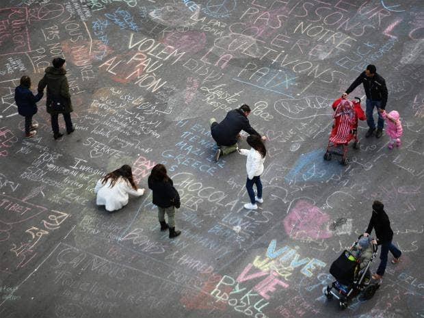 web-brussels-tributes-6-getty.jpg